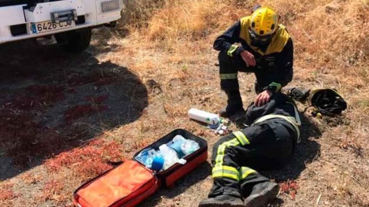 Un bombero herido en un incendio en Telde