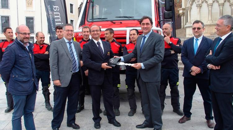 Bomberos de Cuenca cuenta con un nuevo camión