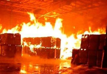 Se incendió el depósito de una cervecería en Zarate