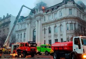 Incendio en la sede del Banco Nación de Bahía Blanca