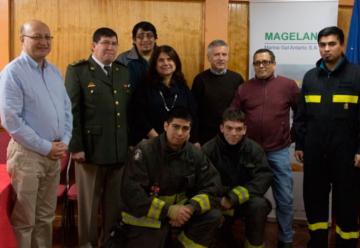 Entregan equipamientos digitales a Bomberos de Tierra del Fuego