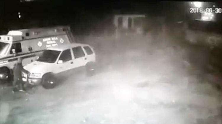 Roban baterías a dos ambulancias de los bomberos