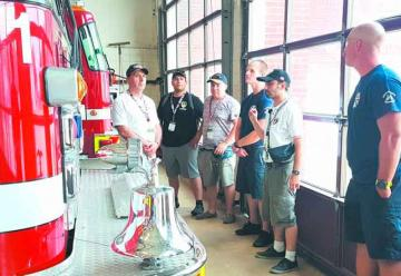 Bomberos de Linares se capacitan en Estados Unidos