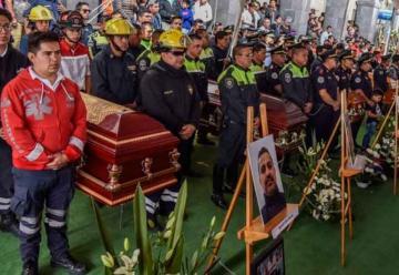 Despiden a los Bomberos que murieron en la explosión de Tultepec