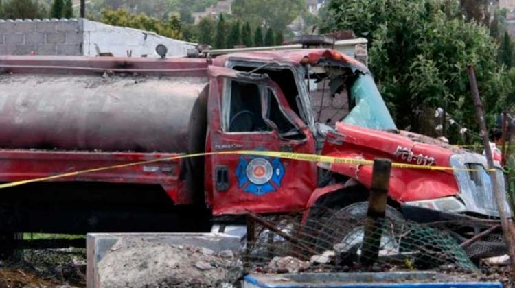 Fallecen bomberos en explosión de Tultepec en Mexico