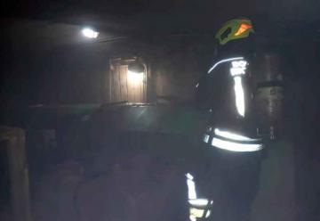 Voraz incendio en una planta de maní en Córdoba