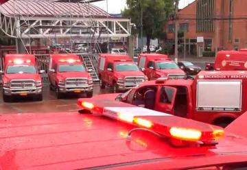 Nueve camionetas y una unidad investigativa para Bomberos
