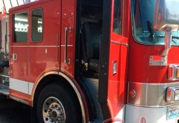 EEUU dona camión cisterna a Bomberos