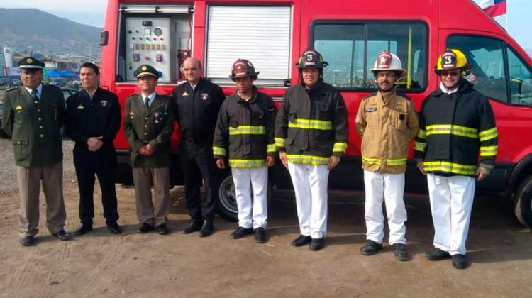 Bomberos de María Elena recibió carro de rescate vehiculares