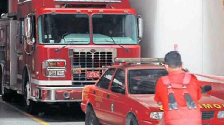 Aseguran gasolina para bomberos por tres meses