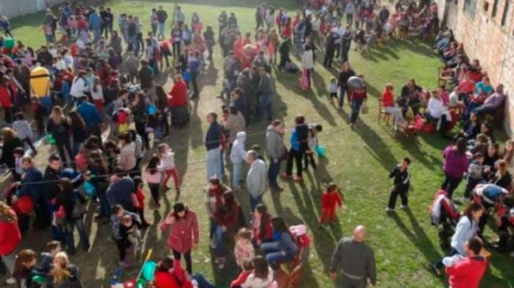 Bomberos de Salliquelo festeja el domingo el día del niño