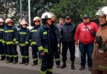 Bomberos voluntarios recibieron subsidios adeudados por la provincia