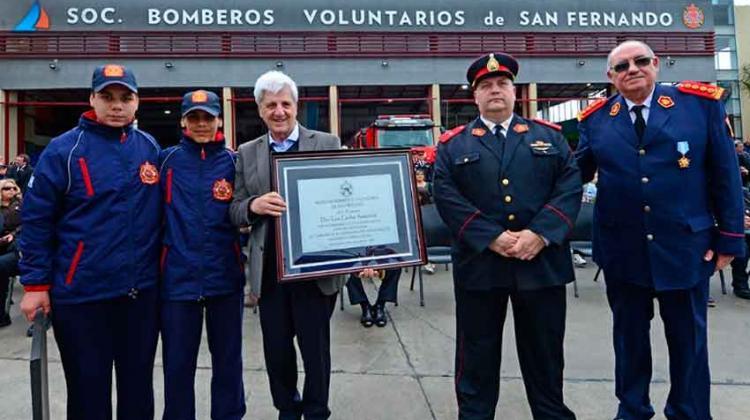 Celebran el primer año del nuevo Cuartel de Bomberos con un desfile