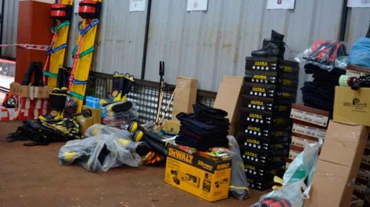 Entrega de equipamientos para bomberos en Misiones