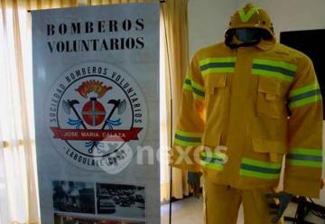 Entrega de equipos forestales a Bomberos en Cordoba