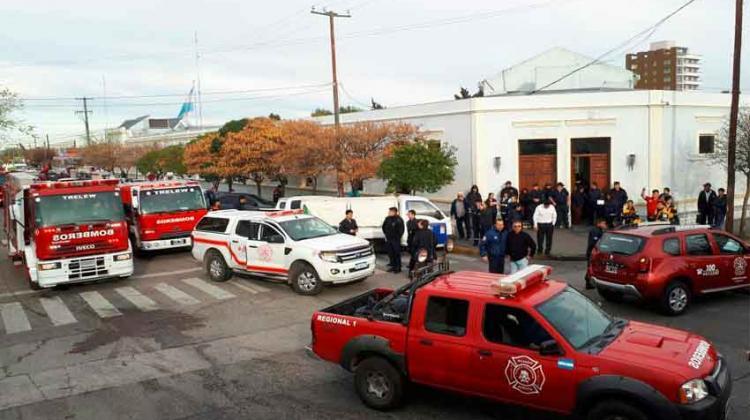 Movilización y Sirenazo de Bomberos en Chubut