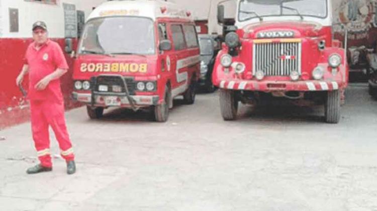Bomberos fuera de servicio por falta de vehículos
