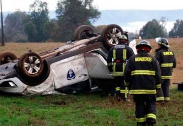 Autoridad de Bomberos protagonizó accidente en Los Ríos