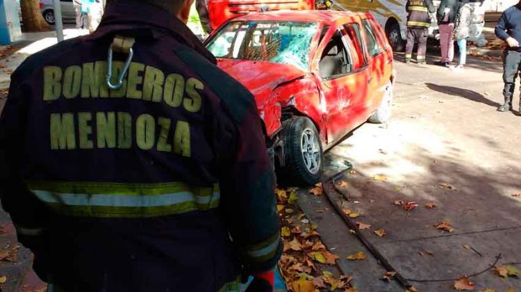 Rotary reconoció la labor de los bomberos de Mendoza