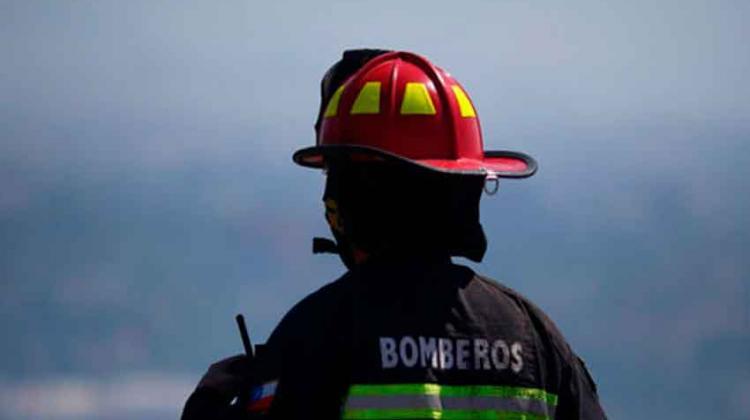 Bomberos fueron agredidos mientras apagaban incendio