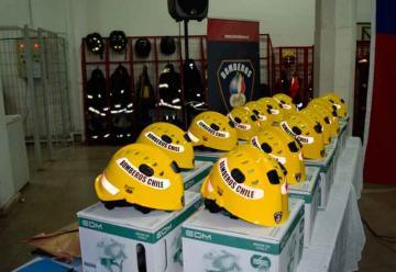 Bomberos de la Región de Ñuble recibieron equipos nuevos