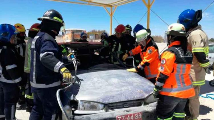 Nuevos rescatistas vehiculares cuenta Bomberos de Iquique