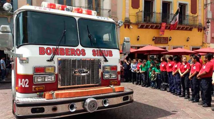 Bomberos SIMUB Voluntarios adquirió un camión motobomba