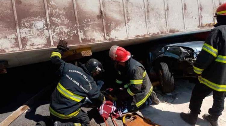 Impecable labor de los Bomberos en el rescate de Rosario