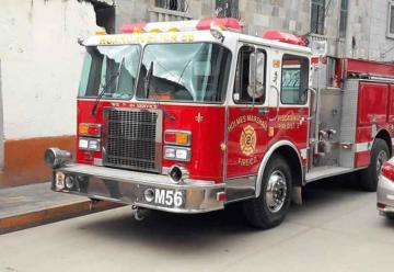 Compañía de bomberos recibe unidad multiuso
