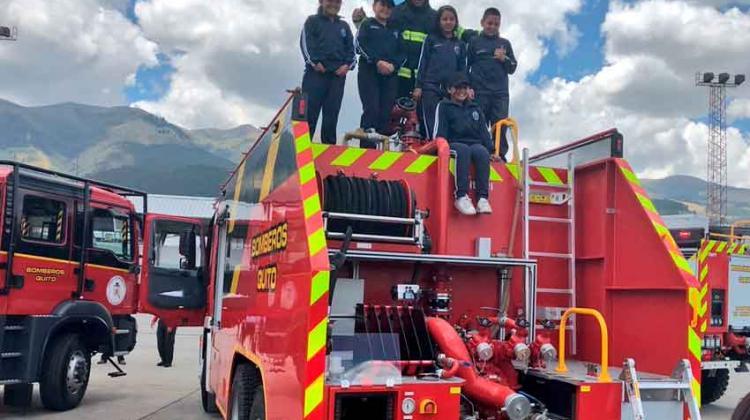 Bomberos de Quito presentó su nueva flota de vehículos
