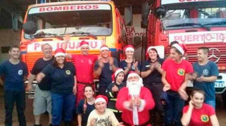 Campaña solidaria navideña de los Bomberos de Iguazú