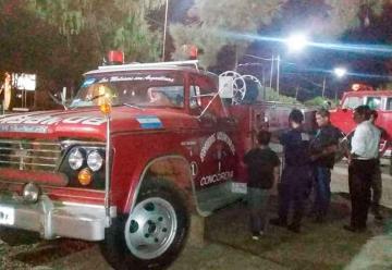 Bomberos de Concordia prestan autobomba a San Jaime de la Frontera