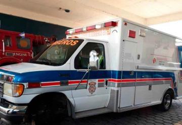 Donaciones permiten reparación de única ambulancia de bomberos
