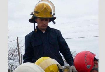 Dolor por la muerte de un bombero en un accidente