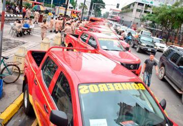 Entregan carros a bomberos de San Pedro Sula