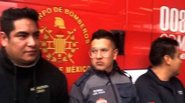 Bomberos de la CDMX se manifiestan por tercera vez