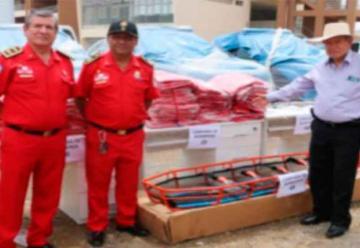 Entregan equipos a bomberos de Cañete, Huaral y Huacho