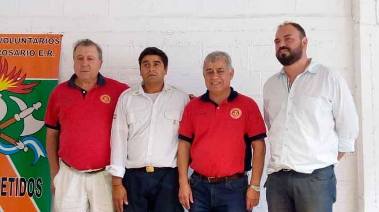 El presidente del CN de Bomberos visitó el cuartel de Villa del Rosario