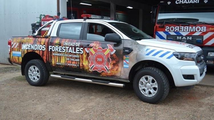 Bomberos con nueva unidad para sofocar incendios forestales