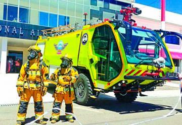 Aeropuerto de Alcantarí tiene carros de bomberos nuevos