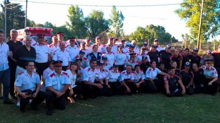 Bomberos de El Peligro festejaron su tercer aniversario