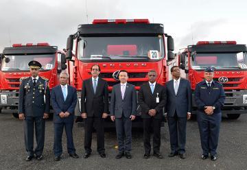 El Gobierno de la República de China dona 40 camiones de bomberos