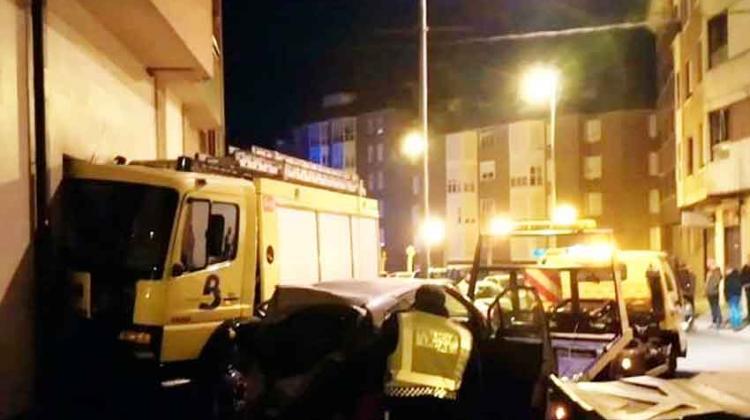 Heridos dos bomberos tras chocar su camiónen Pola de Lena