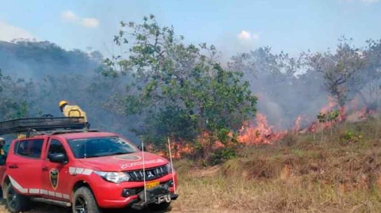 Bomberos de Vista Hermosa piden equipos para apagar incendios