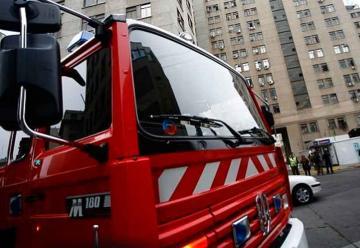 Mujer muere tras ser atropellada por carro de Bomberos