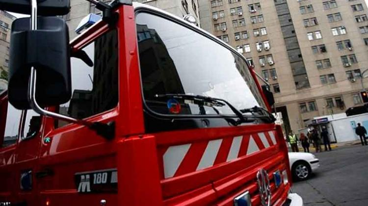 Mujer muere tras ser atropellada por carro de Bomberos que iba a emergencia