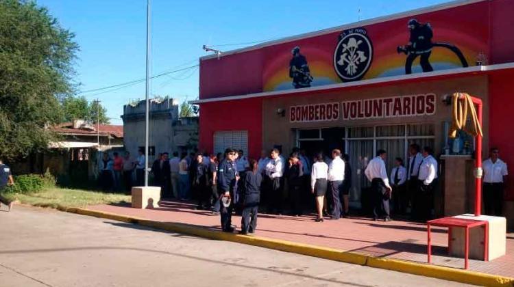 Bomberos Voluntarios de 25 de Mayo celebraron su 60° Aniversario
