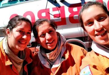 Una dotación de bomberos totalmente conformada por mujeres