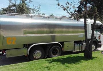 Bomberos de La Falda cuentan con un camión cisterna nuevo