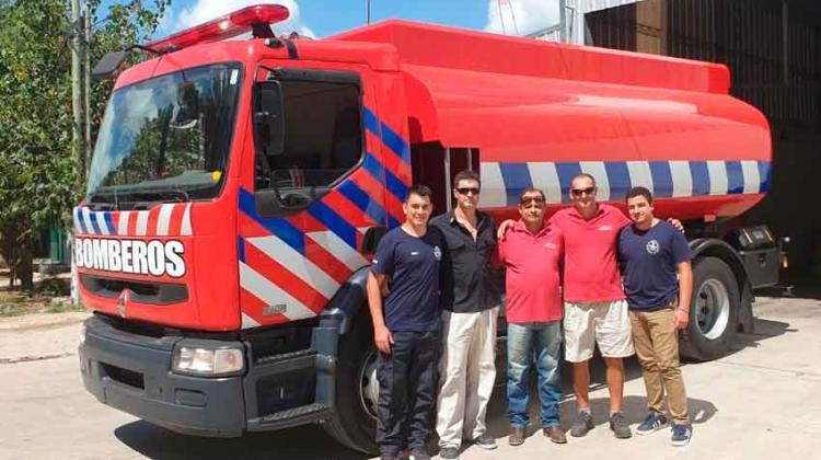 Bomberos Voluntarios de Rufino con unidad nueva